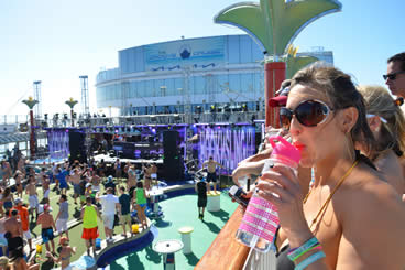 The Electric Ship and The Groove Cruise
