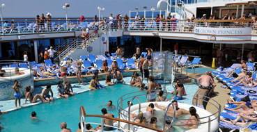 3 day bahamas cruises pool relaxation